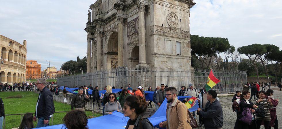Banderazo Roma Arco del Triunfo